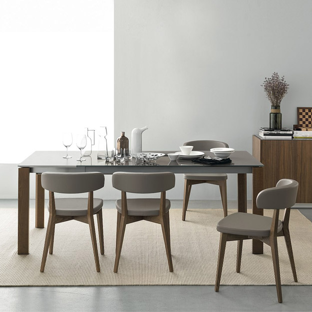 Connubia calligaris eminence glass with wood legs table for Tavolo modern calligaris