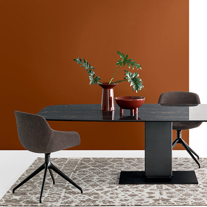 Calligaris Echo Table and Igloo Chair