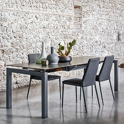 Enduring style the beauty of ceramic for Table extensible calligaris