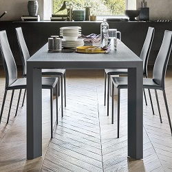 Calligaris table