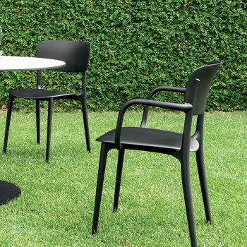 Calligaris Liberty Outdoor Chair With Arms
