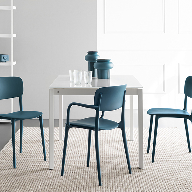 Calligaris duca glass dining table - Calligaris balances ...