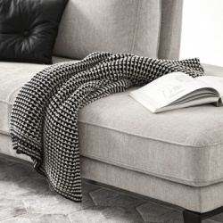 Calligaris Adak Throw