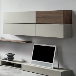 Equal Wall Unit