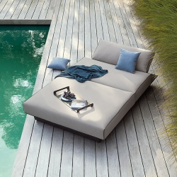 Manutti Air Outdoor Day Bed