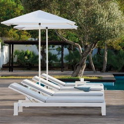 Manutti Fuse Outdoor Lounger