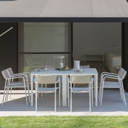 Manutti Quarto Square Outdoor Dining Table
